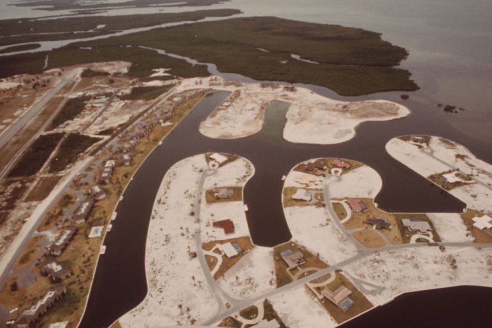 Ocean Reef Club at North Key Largo, circa 1975. Flip SchulkeU.S. National Archives (412-DA-6294).